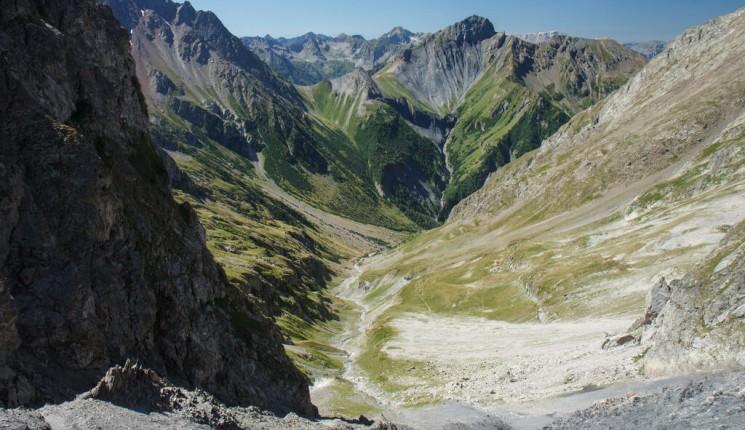 Best time to go to rhne alpes climate weather where to go rhne alpes col de la muzelle altavistaventures Images